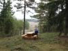Janne konstaterar att utsikten är suverän, man ser flera mil bort.
